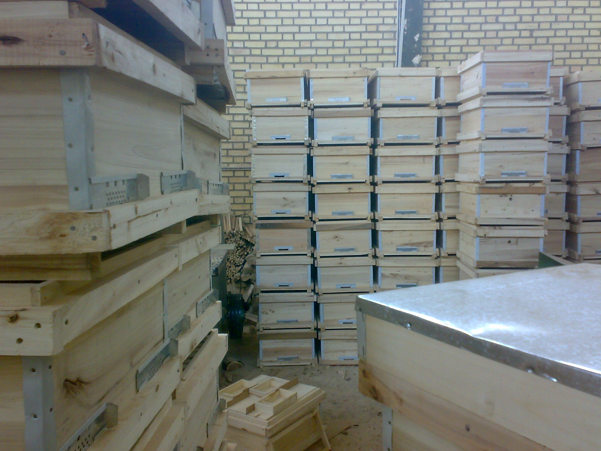 قیمت انواع کندو چوبی